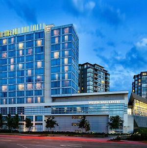 The Westin Wall Centre Vancouver Airport photos Exterior
