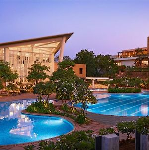 Taj Aravali Resort & Spa photos Exterior