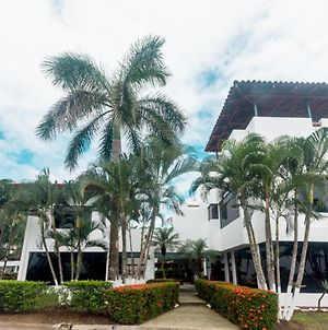 6 Bedroom House With Ocean Views Hermosa Palms #110 photos Exterior