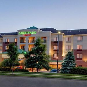 Courtyard By Marriott Madison East photos Exterior