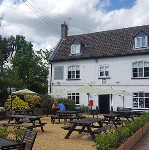 Hilborough Swan Inn photos Exterior