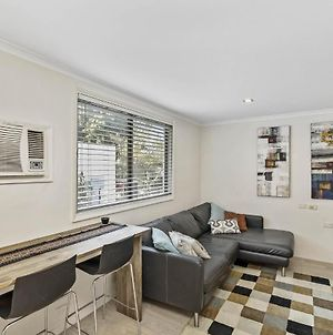 Cosy Studio Apartment Seconds From Manly Beach photos Exterior