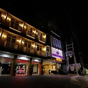 Bluebells Express Syariah Hotel photos Exterior