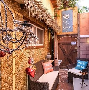 Tiki Hut Love Shack Venice Beach Apts photos Exterior