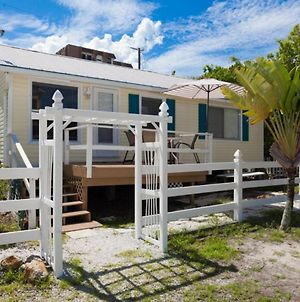 Just Beachy Cottage Wkly photos Exterior