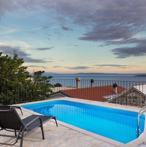 Ctbr150-Traditional Stone Villa With Private Pool, Wi-Fi, Ac Ideal For 4-6 Persons In Brela, Makarska photos Exterior