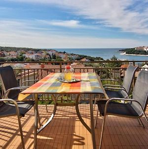 Apartment In Pjescana Uvala With Seaview, Balcony, Air Condition, Washing Machine photos Exterior