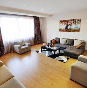Serviced Apartment On Rustaveli Avenue 4 photos Exterior