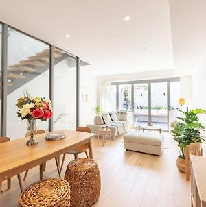 New Fabulous Three Bedrooms Townhouse In Rosebery photos Exterior