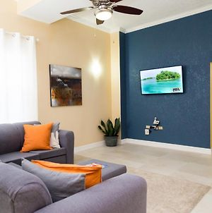 Choose To Be Happy At The Westbury - Two Bedroom Apartment photos Exterior