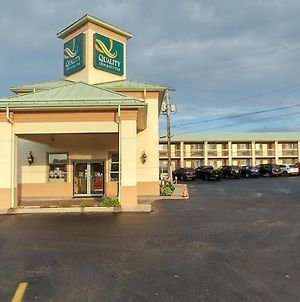 Quality Inn & Suites 1000 Islands photos Exterior