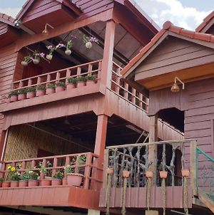 Sunshine Guesthouse Kampot photos Exterior