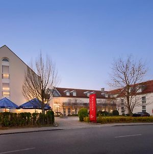 Ramada By Wyndham Munchen Airport photos Exterior