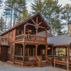 Miss_Celies_Cabin photos Exterior