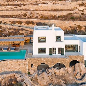 The Crown Estate In Psarou By Divine Property Sa photos Exterior