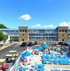 Put-In-Bay Waterfront Condo #205 photos Exterior
