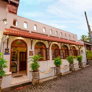 New Old Dutch House - Galle Fort photos Exterior