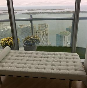 Downtown Toronto 56Th Floor Furnished Rental Monthly Available photos Exterior