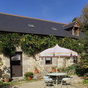 Cosy Holiday Home With Terrace And Garden Near Quimperle. photos Exterior