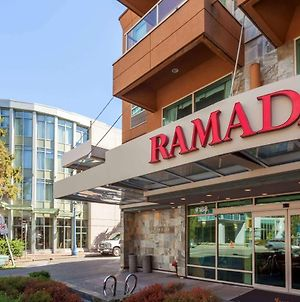 Ramada Limited Vancouver Airport photos Exterior