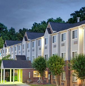Microtel Inn & Suites By Wyndham Charlotte/Univers photos Exterior