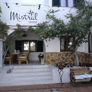 Hostal Mistral photos Exterior
