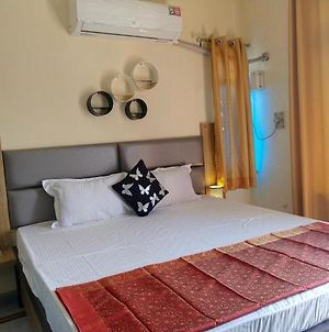 Om Shanthi Paying Guest House photos Exterior