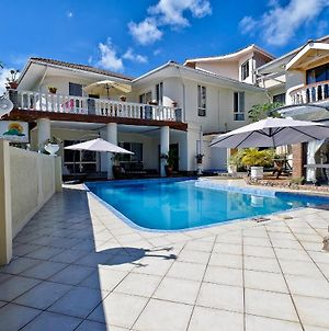 House With 5 Bedrooms In Machabee With Pool Access Enclosed Garden A photos Exterior