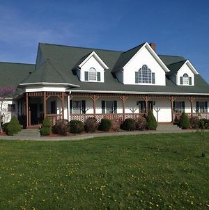 Grabers Green Gables B&B photos Exterior
