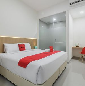 Reddoorz Near Mall Ska Pekanbaru photos Exterior