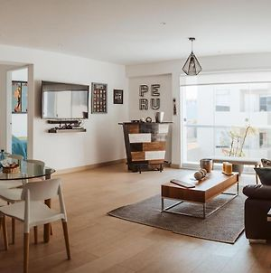 Modern Apt With Excellent Location photos Exterior