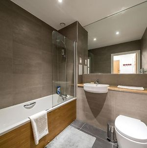 New 2Bd Flat 4Mins To Excel Centre Fast City Links photos Exterior