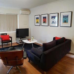 Mt.Lawley Superb 2 Bedroom Location Comfort, Style 1 photos Exterior