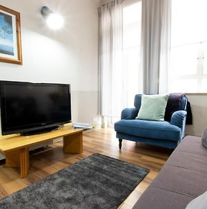 Refurnished Vintage Charming 2 Bedroom Apartment In Temple Bar photos Exterior