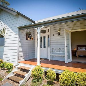 Wine Country Cottage Located Right At The Hunter Valley Gateway, Close To Everything photos Exterior