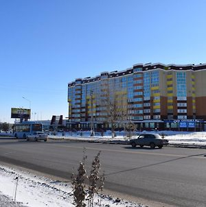 One Bedroom Apartment In The Center Of Aqtobe Near Gipermarket Dina photos Exterior
