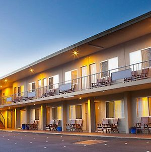 Surestay Hotel By Best Western Karinga Motel photos Exterior
