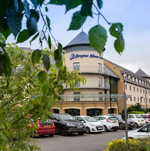 Drayton Manor Hotel photos Exterior