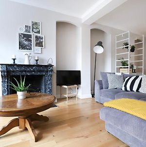 3 Bedroom Flat In Parsons Green With Roof Terrace photos Exterior