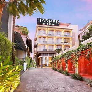 Harper Kuta Hotel By Aston photos Exterior