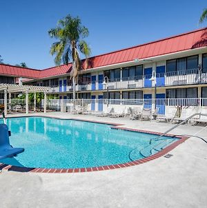 Econo Lodge Palm Harbor - Clearwater photos Exterior