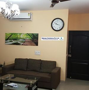 Niketan Service Apartment photos Exterior