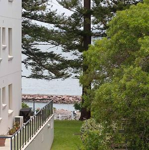 9 'Bronte Court' 17 Magnus Street Renovated Unit With Filtered Views & Pool photos Exterior