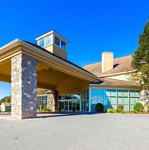 Best Western Plus Revere Inn & Suites photos Exterior