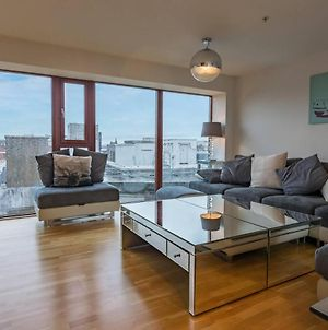 Stylish Two Bed Penthouse In Glasgow City Centre photos Exterior