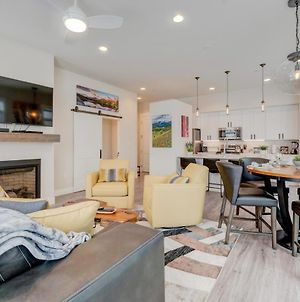 Free Activities & Equipment Rentals Daily - New Luxury Loft #14 Near Resort With Huge Hot Tub & Views photos Exterior