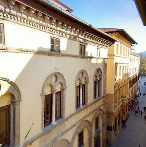 Gorgeous Holiday Home In Lucca Town Centre photos Exterior