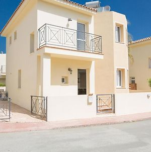 Picture This Enjoying Your Holiday In A Luxury 5 Star Villa In Paralimnifor Less Than A Hotel Paralimni Villa 1198 photos Exterior