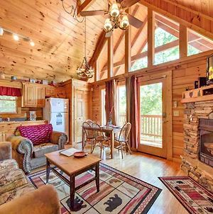 Knotty 'N Nice, 2 Bedrooms, Sleeps 8, Hot Tub, Pool Table, Jetted Tub photos Exterior