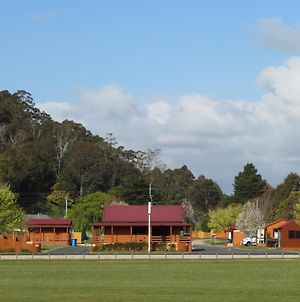 Latrobe Mersey River Cabin And Caravan Park photos Exterior